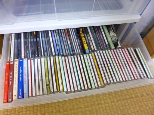 かなりたくさんのCDが収納できます~