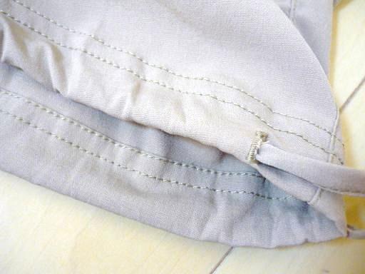 紐もスゥーッと・・・・裾を絞ってもラインがかわいいですよ~