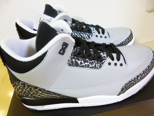 NIKE AIR JORDAN 3 RETRO  WOLF GREY/METALLIC SILVER-BLACK-WHITE  通称「ウルフグレー」